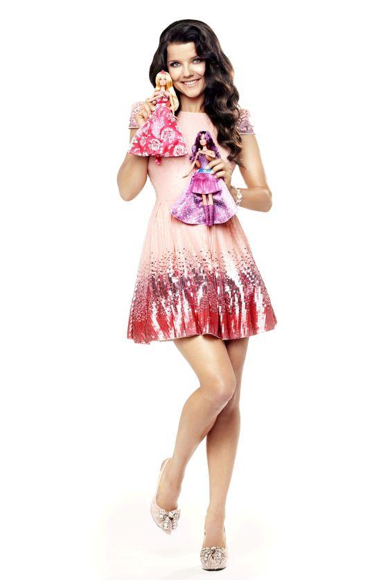 Joanna Jab�czy�ska reklamuje lalki Barbie (FOTO)