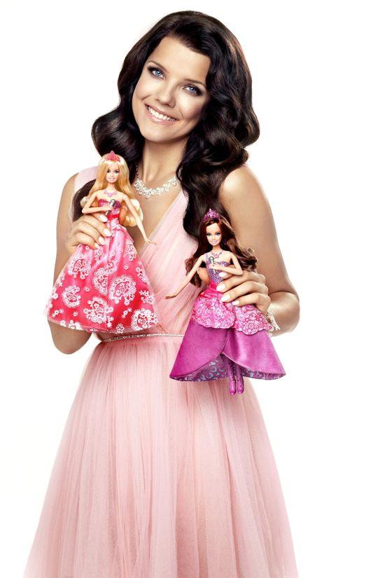 Joanna Jabłczyńska reklamuje lalki Barbie (FOTO)