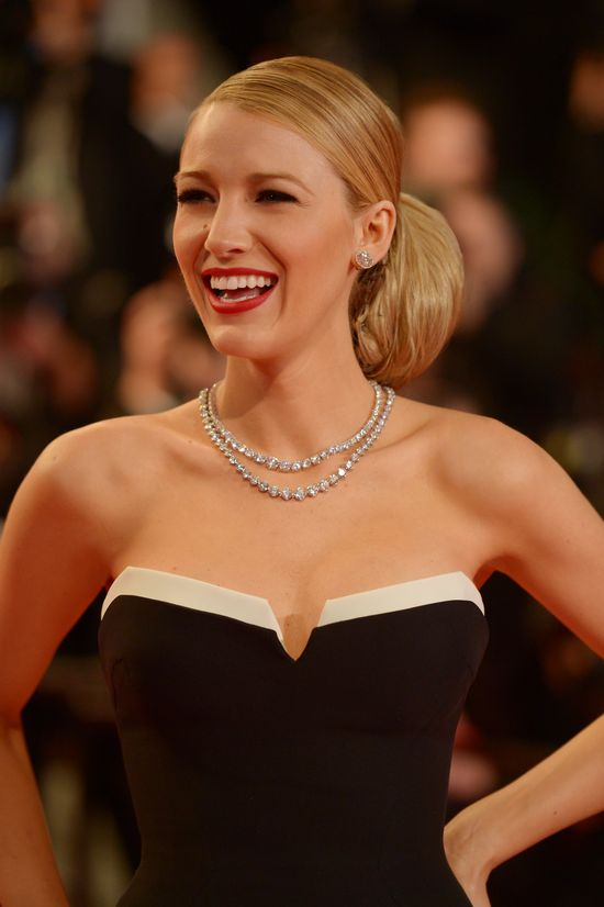 Blake Lively w Cannes 2014 w sukni Gucci