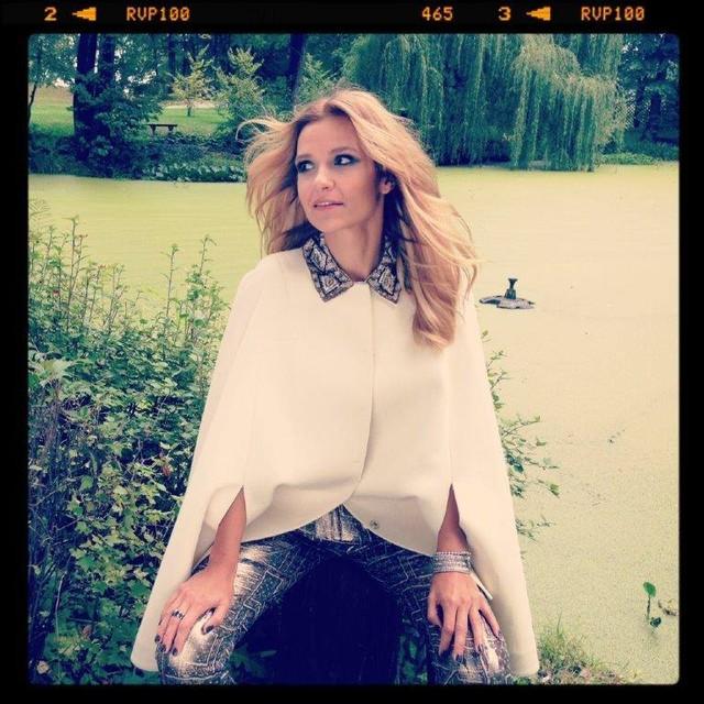 Joanna Koroniewska zza kulis sesji dla HOT Moda
