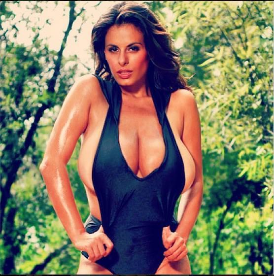 Największe piersi na świecie należą do Wendy Fiore (FOTO)