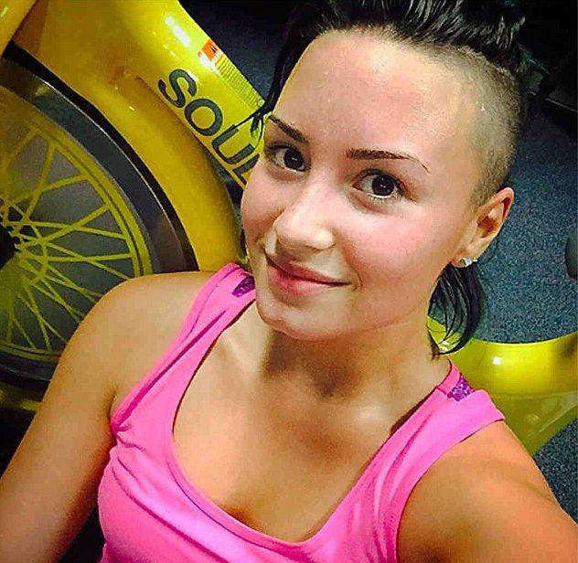 Co powiecie na Demi Lovato bez makijażu? (FOTO)