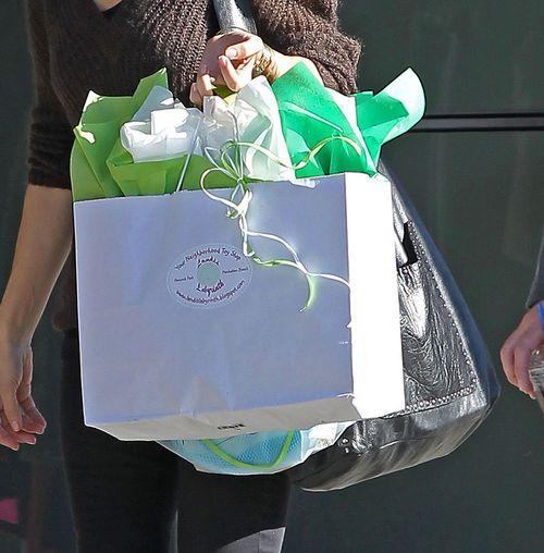 Komu Sandra Bullock kupowała prezent na walentynki? (FOTO)