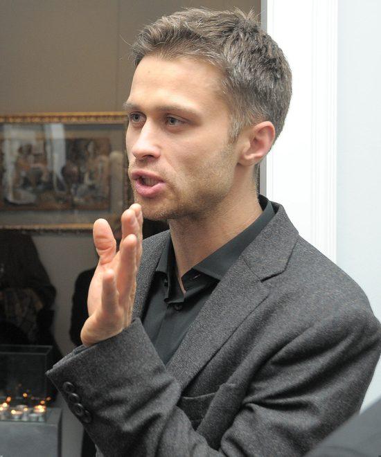 Maciej Zakościelny bywa nazywany polskim Bradem Pittem - czy słusznie?