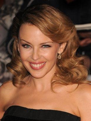 Kylie Minogue - krótko i seksownie (FOTO)