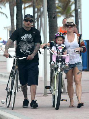 Pink z rodzinką aktywnie spędzają wolny czas (FOTO)
