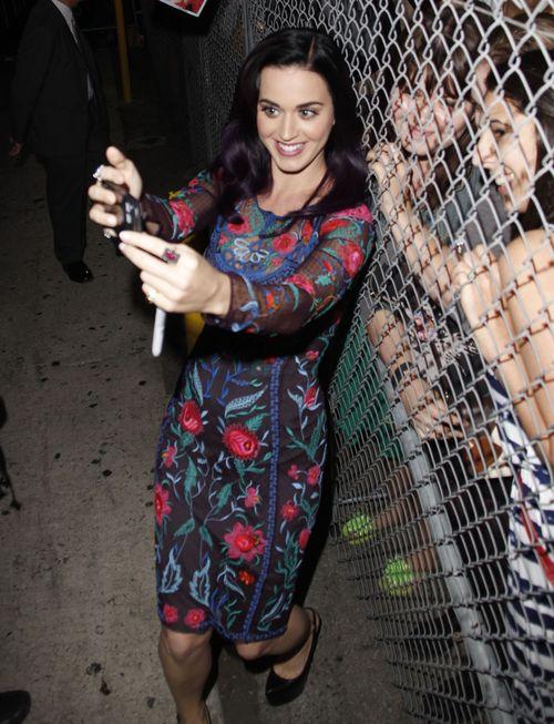 Katy Perry dziś już nie rozpacza (FOTO)