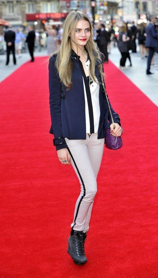 Cara Delevingne, brytyjska modelka pochodz�ca z zamo�nej rodziny.