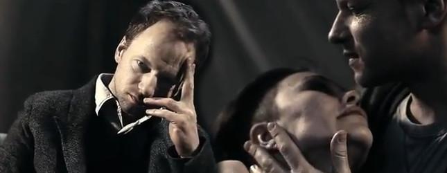 Stuhr, biust i łzy w nowym klipie Pati Sokół – Neverland