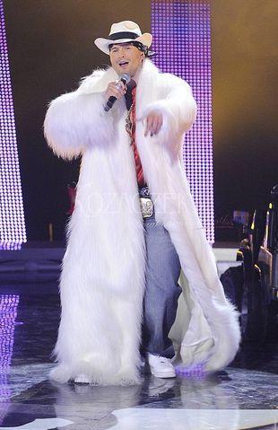 Daniel Wieleba - głupek czy showman?