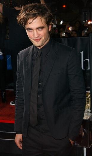 Pattinson martwi się o ewentualną partnerkę
