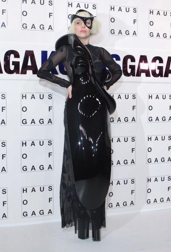Lady Gaga, buty