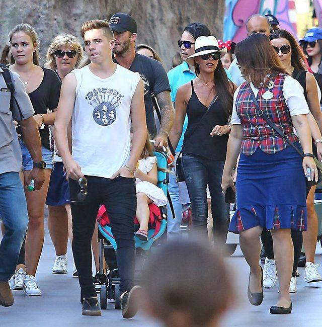 W sierpniu 2015 cała rodzina Beckhamów wybrała się do Disneylandu.