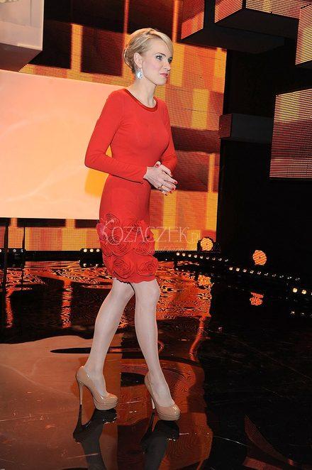 Agnieszka Cegielska w czerwonej sukience