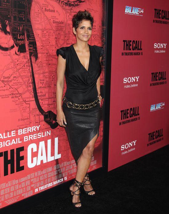 Niezwykłe wyznanie Halle Berry - perfumuję się między nogami