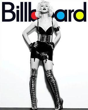 Christina Aguilera i jej tournee po okładkach (FOTO)