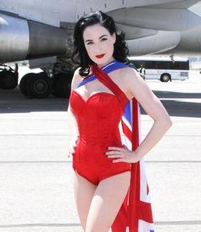 Dita ma własną podobiznę na samolocie Virgin (FOTO)