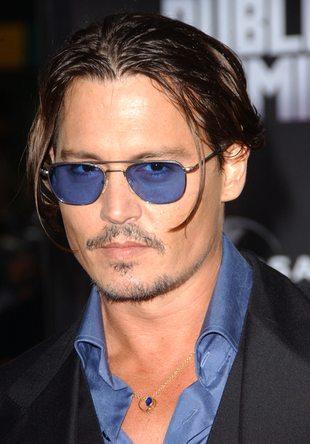 Johnny Depp coraz bardziej boski? (FOTO)