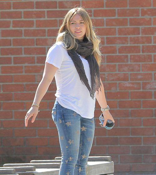 Hilary Duff i jej syn znowu pod obstrzałem paparazzi (FOTO)