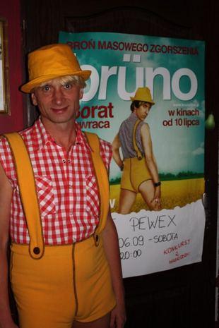 Gracjan Roztocki jako polski Bruno (FOTO)