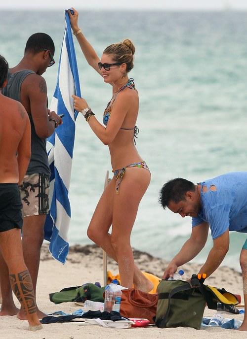 Doutzen Kroes w bikini