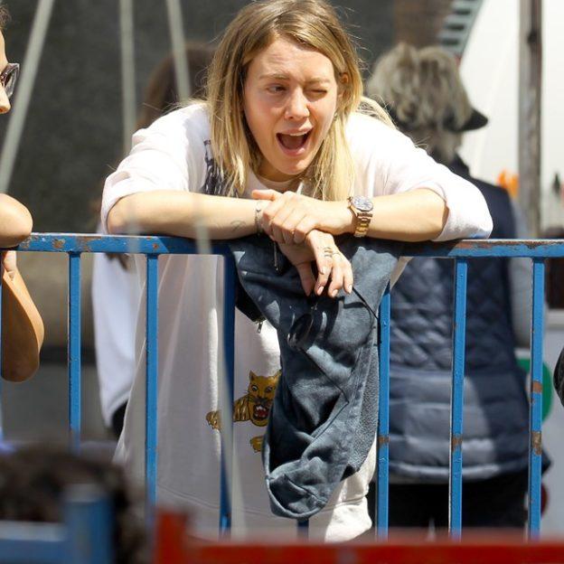 e6a08568 Hilary Duff ma już SPORY ciążowy brzuszek