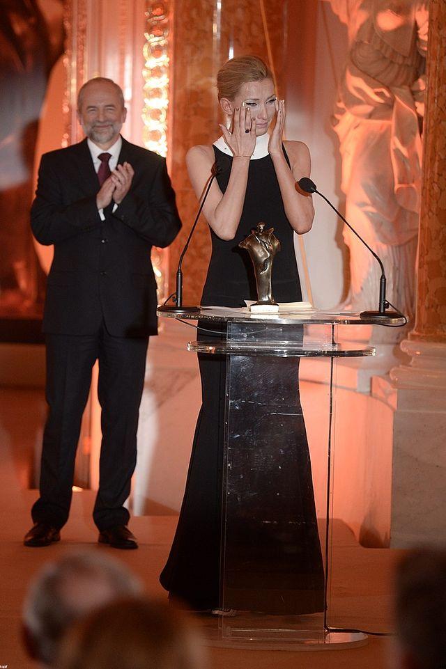 Joanna Moro rozpłakała się odbierając Wiktora Publiczności.