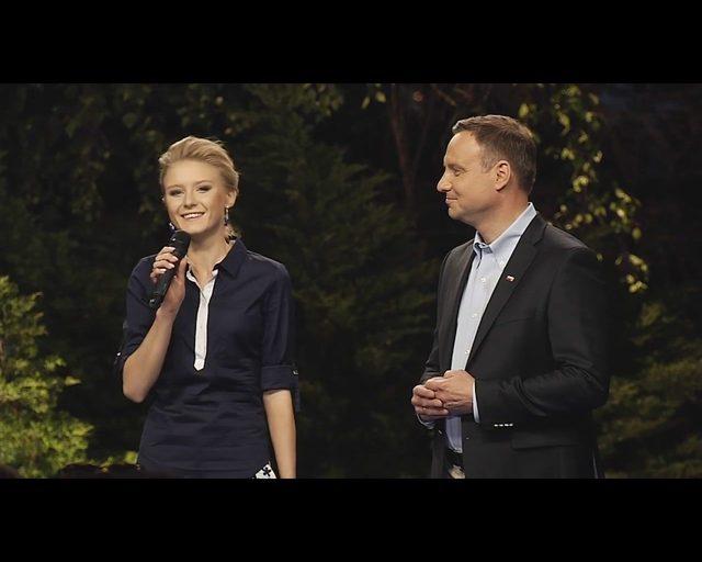 Kinga Duda, córka prezydenta Andrzeja Dudy i Agaty Dudy, ma 20 lat. Studiuje prawo na Uniwersytecie Jagiellońskim.