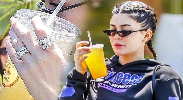 Kylie Jenner ZARĘCZYŁA SIĘ? (ZDJĘCIA)