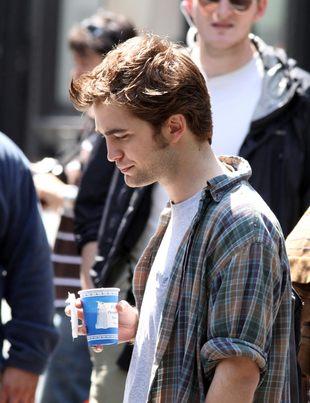 Robert Pattinson w damskich ciuszkach