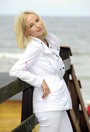 Weronika Książkiewicz nad morzem (FOTO)