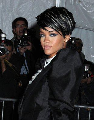 Rihanna zgoliła włosy!