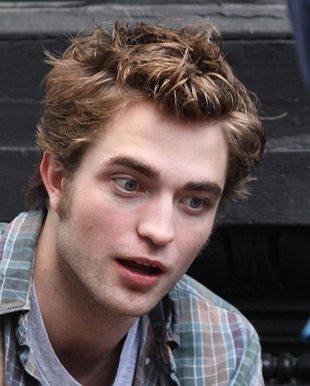 Pattinsonowi podobały się i Watson, i Stewart