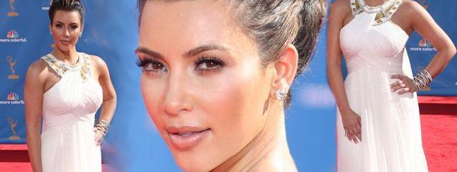 Kim Kardashian niczym bogini grecka (FOTO)