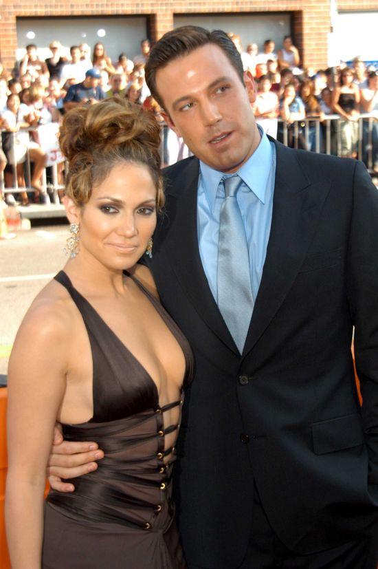 Wielu uważa, że Jennifer Lopez (47 l.) przygotowuje się do powrotu do Bena Afflecka (44 l.). Aktor rozstał się z Jennifer Garner, a JLo dobitnie podkreśla, że nie jest już z Drakem.