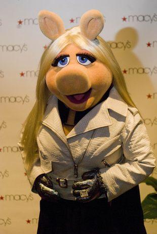 Miss Piggy w świeżo tlenionym blondzie (FOTO)
