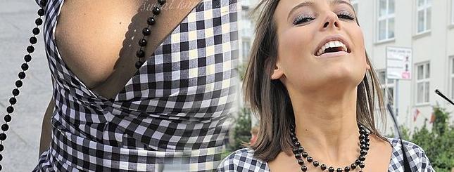 Anna Mucha (znów) pokazuje piersi (FOTO)