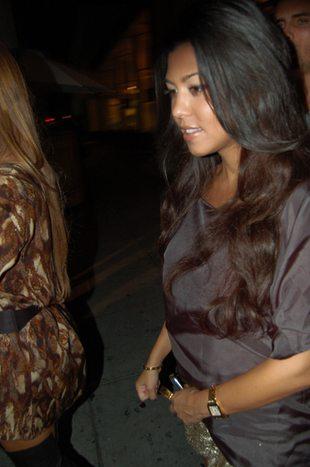 Kourtney Kardashian na kolacji ze Scottem (FOTO)