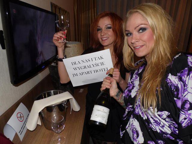 Co robiły Asteya i Aicha po przegranej w X Factor? (FOTO)