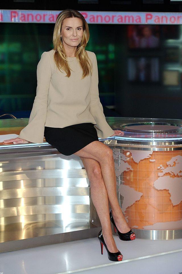 Hanna Lis na stole w Panoramie
