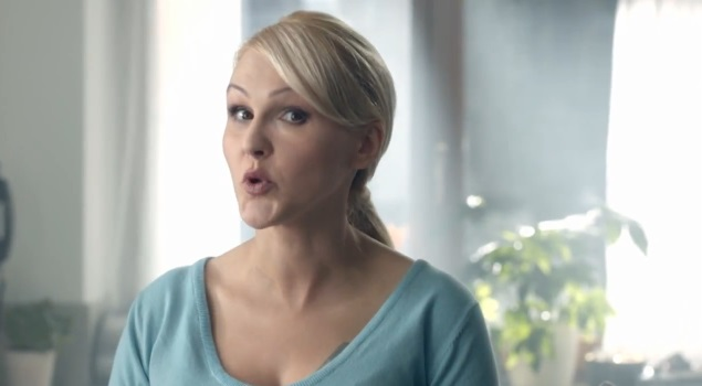 Agnieszka Chyli�ska wyst�pi�a w reklamie (VIDEO)