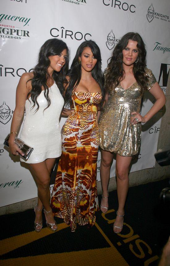 Kim Kardashian z siostrami na starych zdjęciach