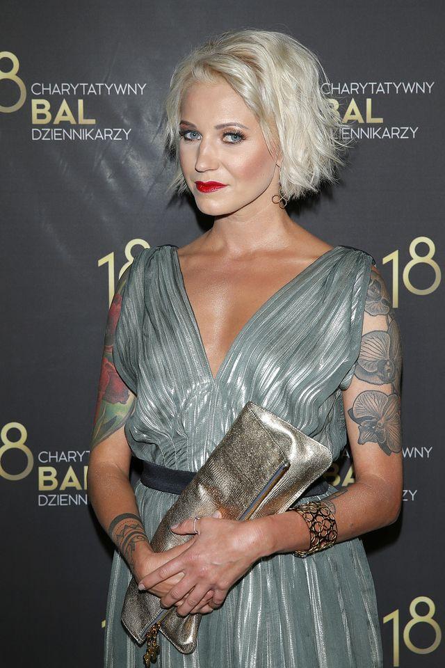 Daria Ładocha – tatuaże, styl, fryzury i makijaże