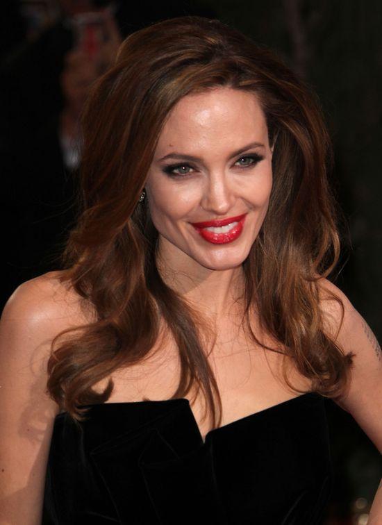 Ethan Hawke zachwyca się pocałunkami Angeliny Jolie