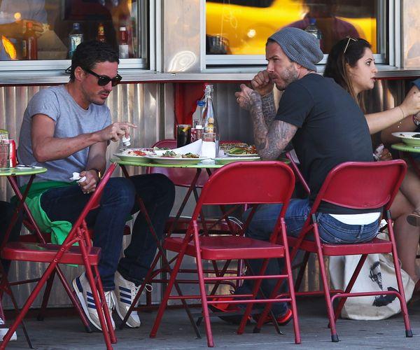 David Beckham ma czas na wypady z kumplem (FOTO)