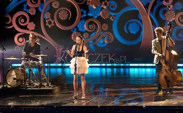 Bia�y i Ch�opcy Kontra Basia w finale Must be the Music!