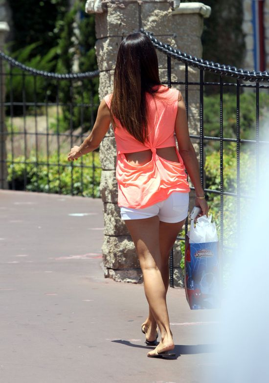 Eva Longoria, nogi