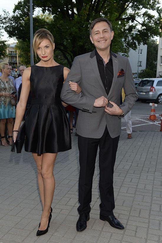 Krzysztof Ibisz pozuje z ukochan� (FOTO)