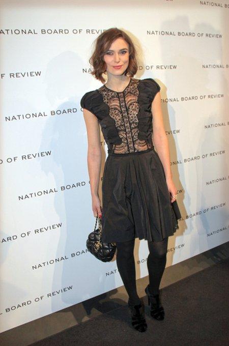Mała czarna sukienka w wydaniu gwiazd