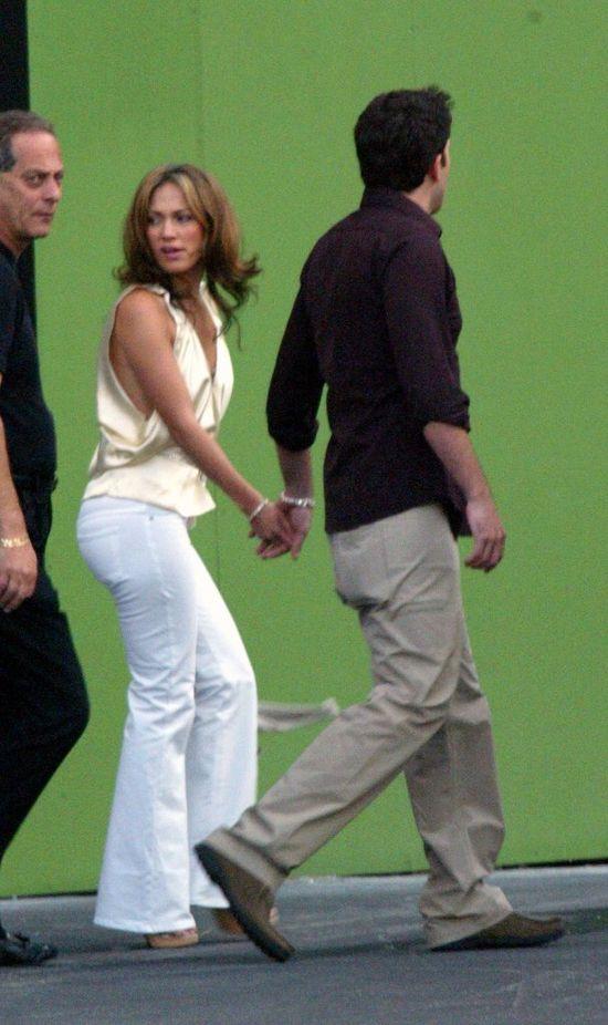 """Odbywamy małą podróż w czasie do roku 2002, kiedy to nastąpiły narodziny """"Bennifer"""", czyli Jennifer Lopez (45 l.) i Ben Affleck (42 l.) zostali parą."""
